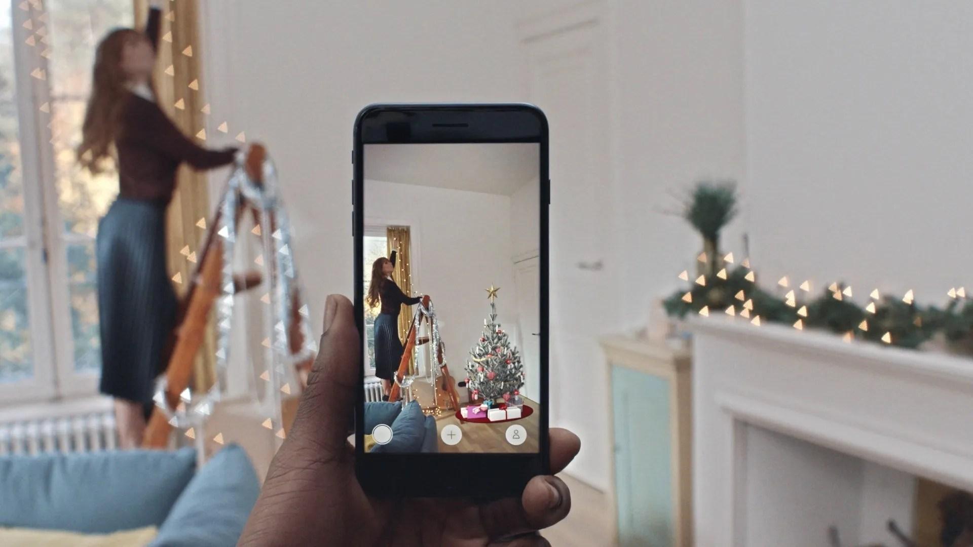 ar christmas tree app