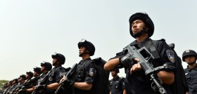 Beijing Police Hold Anti-terror Drill