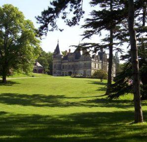 Château-de-la-Bourdaisière-lawn-forest-Loire-Valley-France