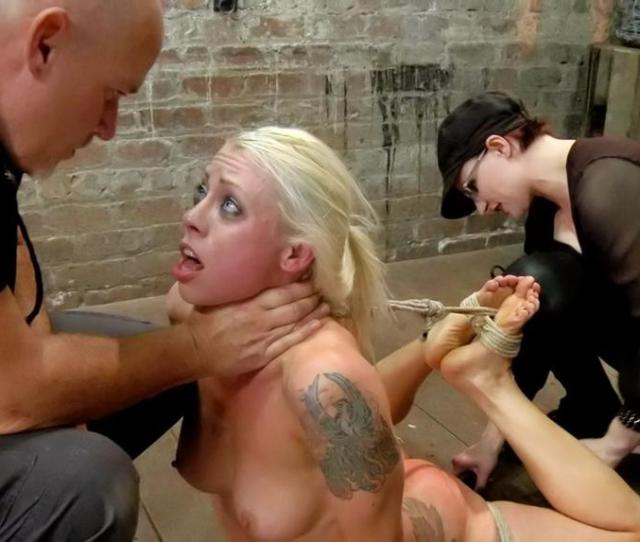 Female Submissives Sexual Roleplay In The Form Of Petplay At Folsom Fair Female Submission Describes An Activity Or Relationship In Which A Female Submits