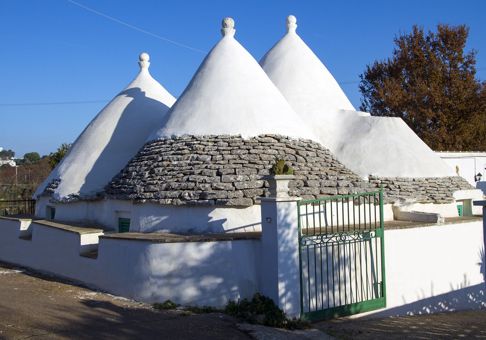Vacanze in trullo contrada cervillo Cisternino Ostuni Alberobello Martina Franca Locorotondo