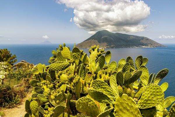 Mare e trekking alle isole Eolie