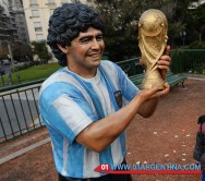 Maradona sculpture