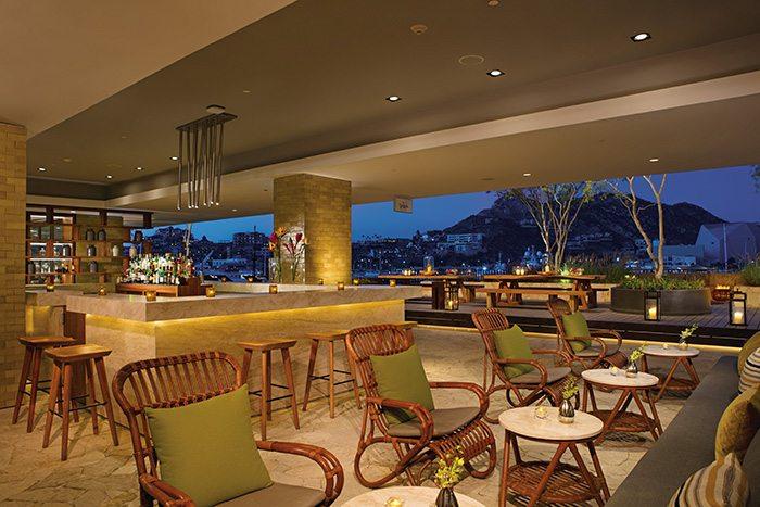 Wink – Lobby Bar.