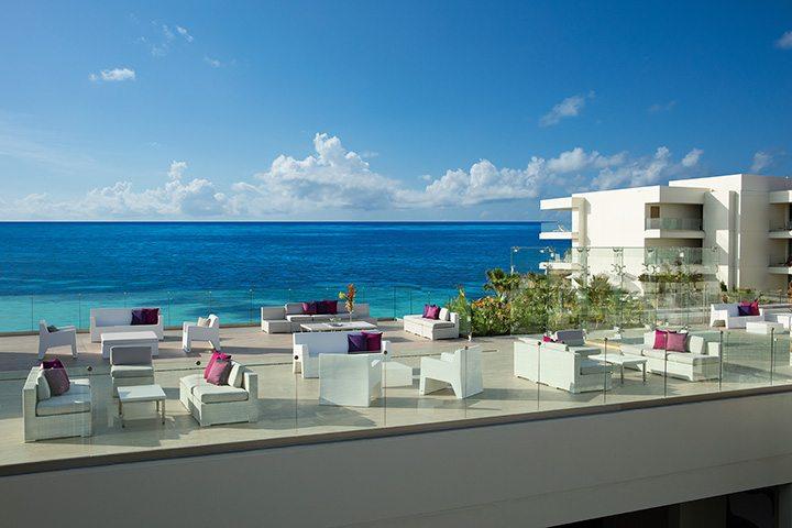 Purple – VIP Rooftop Lounge.