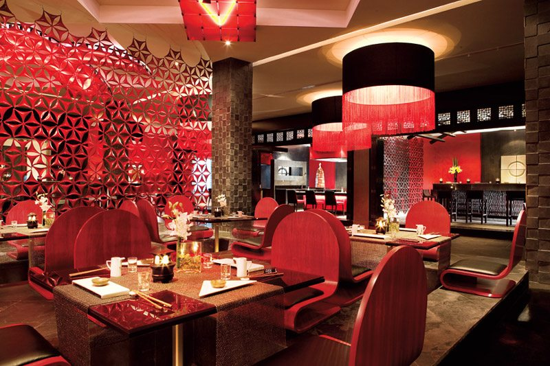 Himitsu offers a fusion of Pan-Asian and Oriental á la carte delicacies.