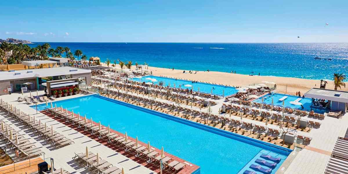 slide-hotel-riu-palace-baja-california_tcm55-209893