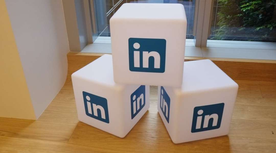 virtual assistant on linkedin