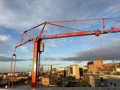 AT6 Mobile Tower Crane