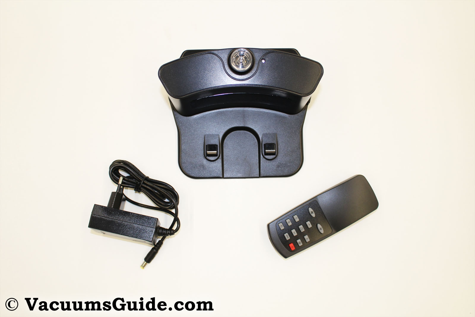 charging-bay-and-remote-control