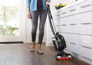 Shark ION P50 Powered Lift-Away – a cordless vacuum cleaner from the DuoClean family
