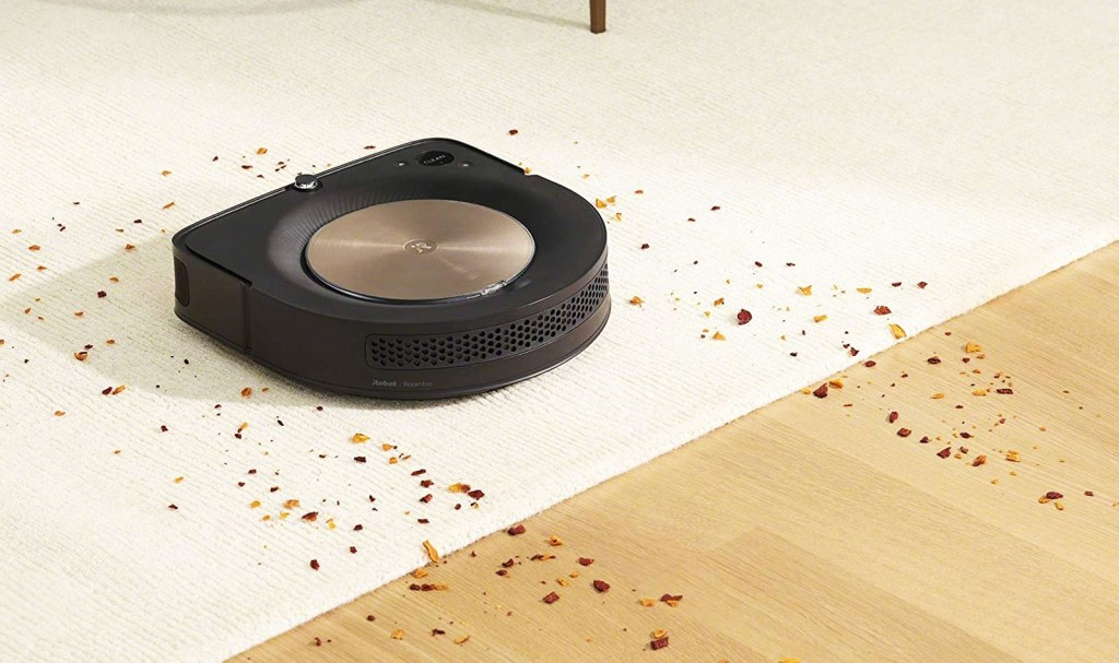 Increases suction based on the type of surface and the amount of dirt detected