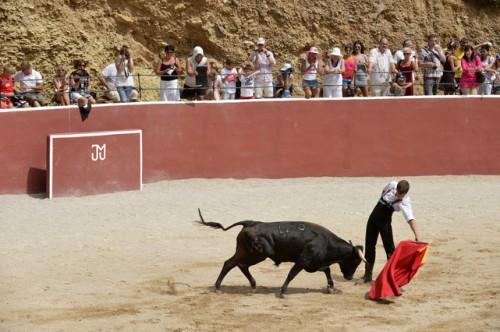 """El torero Rubén Marín denuncia a la ganadería Mur por """"celebrar espectáculos taurinos"""""""