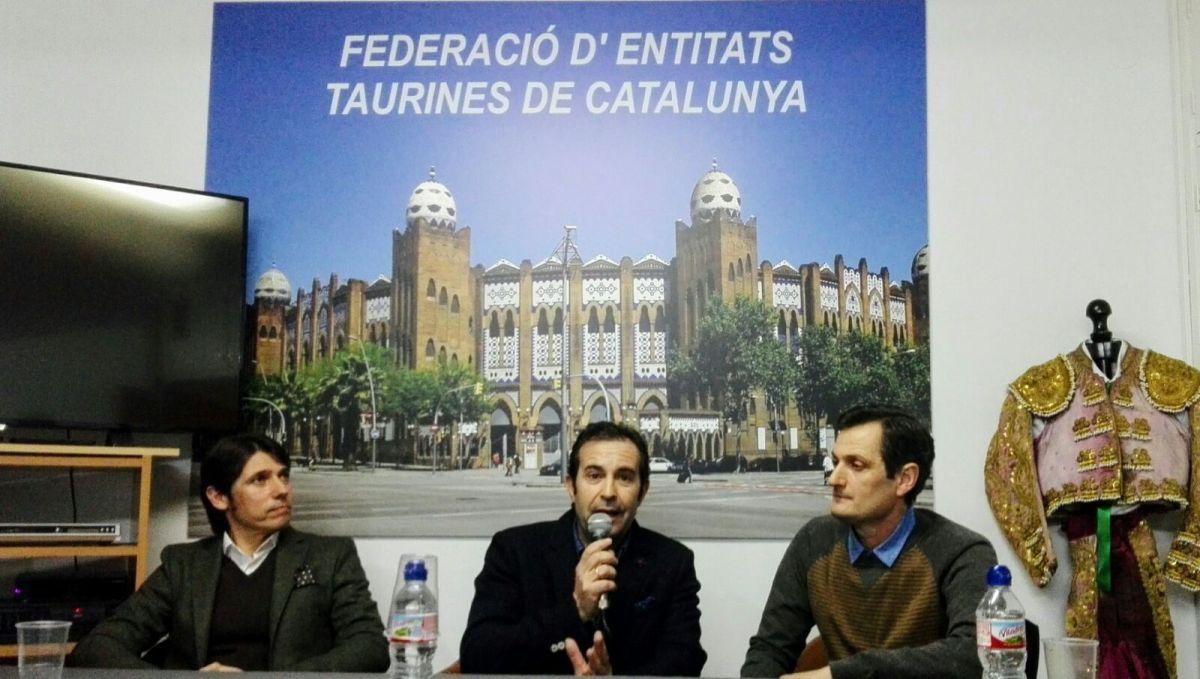 Tres toreros catalanes llenan la sede de la FETC