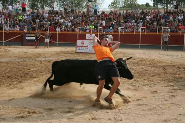 Vidreres no cae y tendrá toros en verano