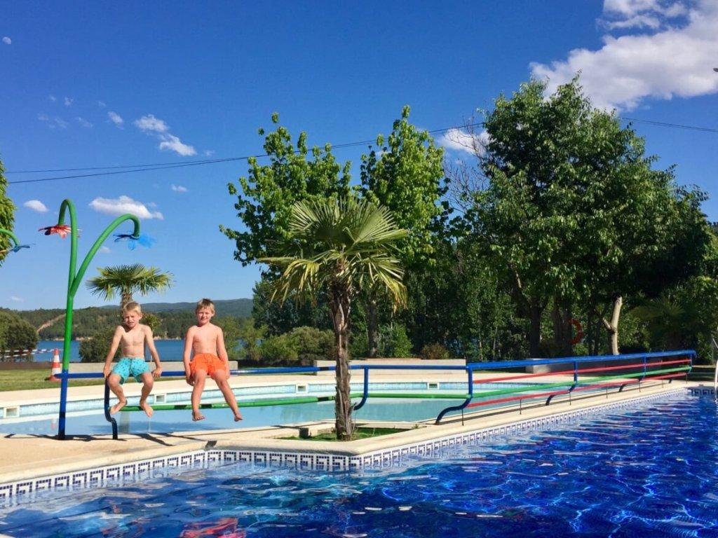 SNP -Oppad - zwembad