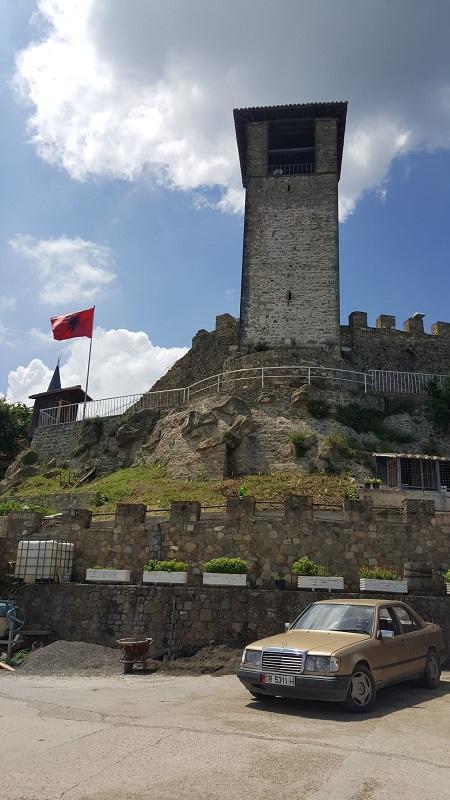week end a Tirana castello di Preza