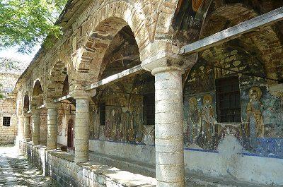 Moscopoli, Voskopoja, chiesa di San Nicola Tour Albania