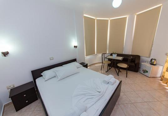 Hotel a Ksamil, Mariksel