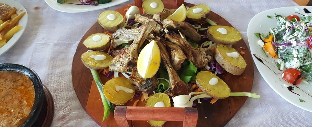 Agnello cucin tradizionale albanese
