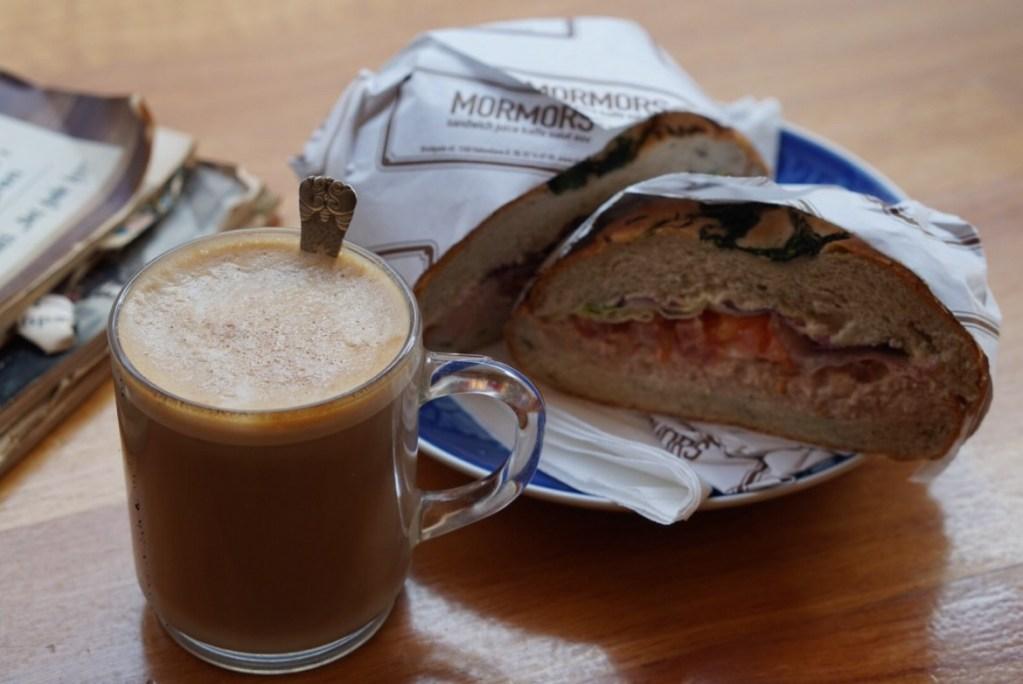 Café Mormors Kööpenhaminassa: kuin mummolassa olisi