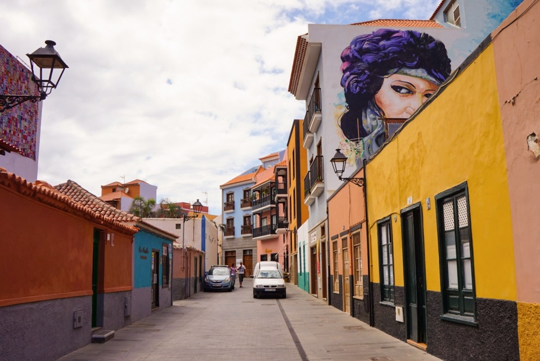 Värikäs Puerto de la Cruz on Teneriffan helmi