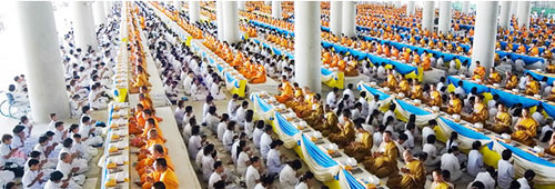 Thai monks celebrate Earth Day in a peaceful way