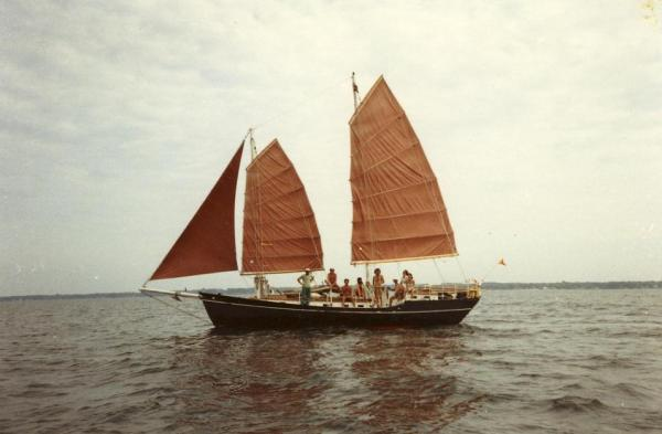 Photo of junk rigged schooner