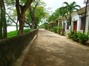 Mompos Street