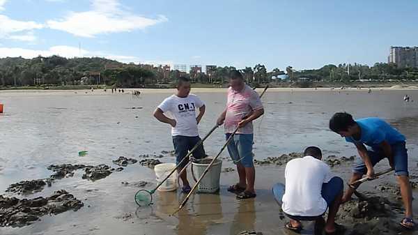 Chinese-Electrofishing-10_DCE
