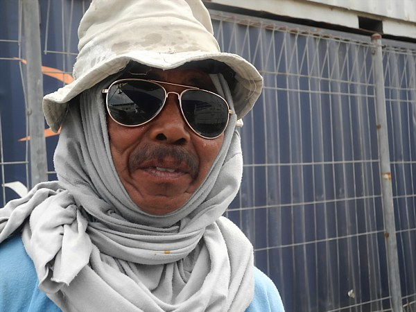 Indonesian man with sunglasses