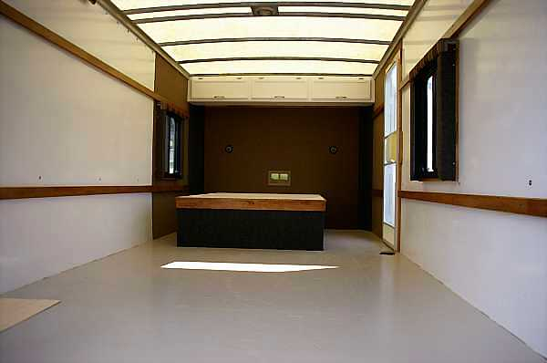 moving-truck-rv-conversion-10_DCE