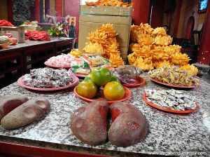 Temple offerings in Taiwan