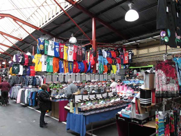 queen-vic-market-football-jerseys