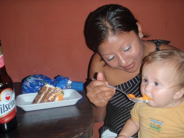 salvadoran woman white baby