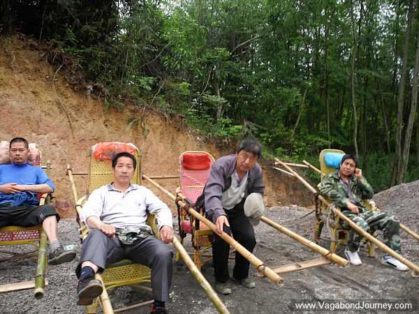 sedan-chair-men-china