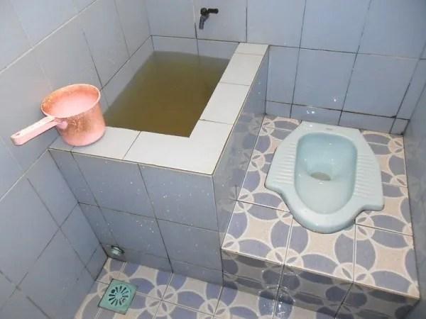 squat toilet indonesia