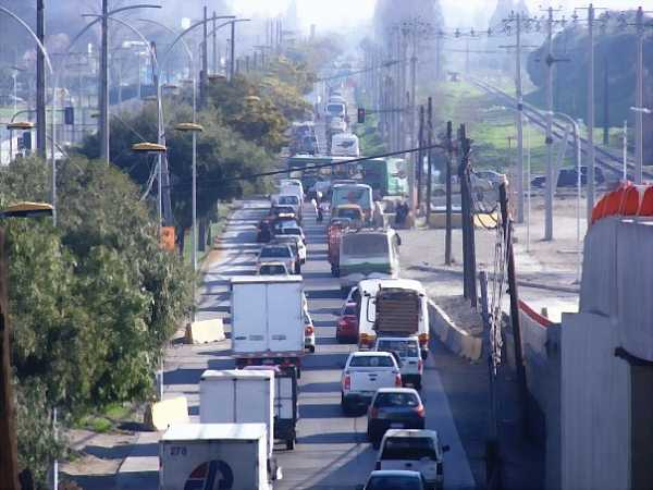 traffic-in-santiago-chile_DCE