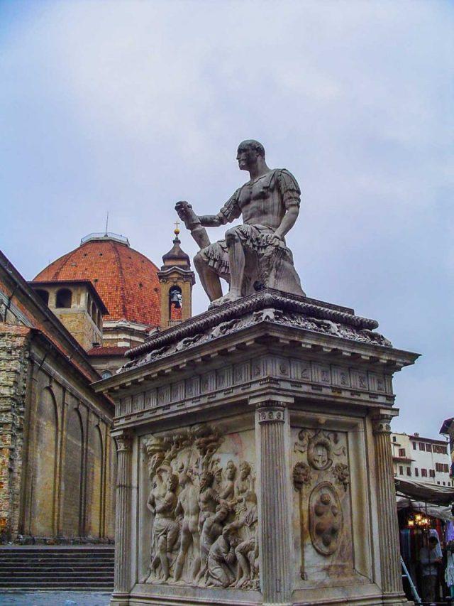 florença-piazza-di-san-lorenzo