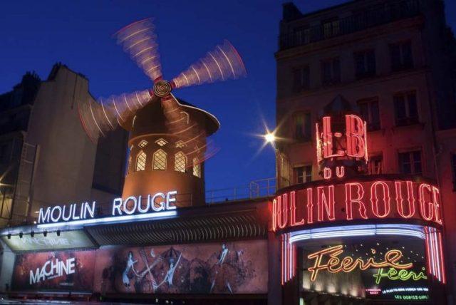visitar-paris-moulin-rouge-pigalle
