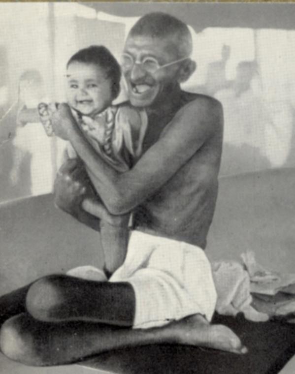 En aldrende Gandhi avbildet i Louis Fischers biografi.