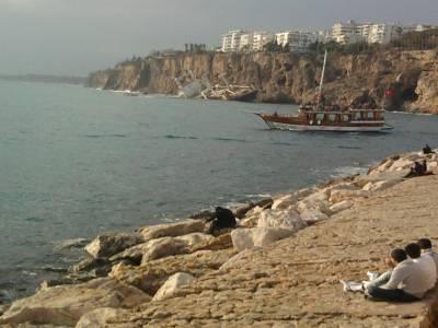 Smashed Ship Antalya