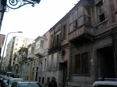 alsancak balcony ottoman houses