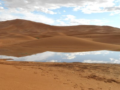 the desert is a perfect place for reflection