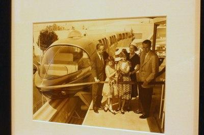 Disneyland hotel president Nixon