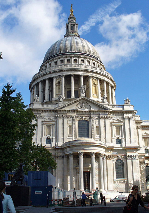 http://commons.wikimedia.org/wiki/File%3ASt._Pauls_Cathedral_with_dome.jpg