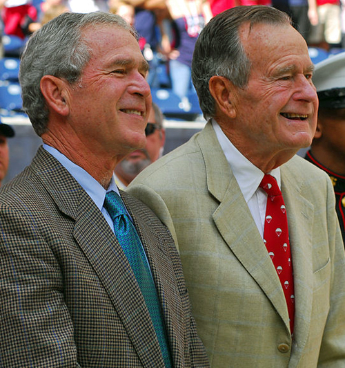 Father and son - the 41st President of the United States (George H W Bush) with the 43rd (President George W Bush) By U.S. Navy photo by Mass Communication Specialist 1st Class Jason Winn [Public domain], via Wikimedia Commons