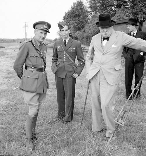 Field Marshal the Viscount Montgomery of Alamein By Horton (Capt), War Office official photographer [Public domain], via Wikimedia Commons