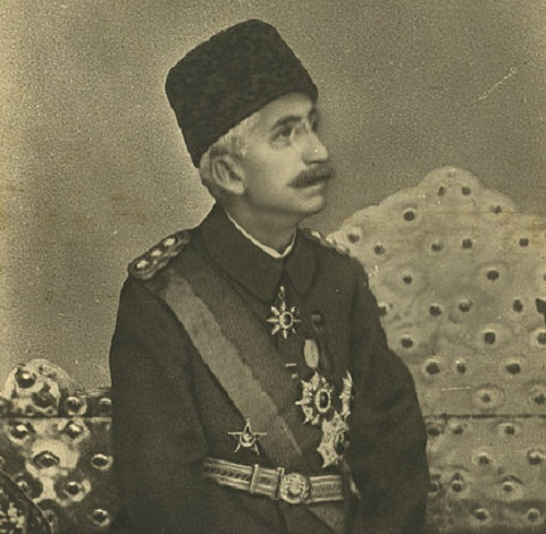 Sultan Mehmet VI of the Ottoman Empire By Sebah & Joaillier (more information about this photographic studio can be found here) [Public domain], via Wikimedia Commons