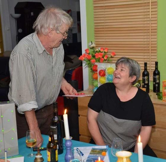 Danke, Barbara: Co-Präsident Werni Meyer verabschiedet seine Präsidiums-Kollegin Barbara Schurtenberger.